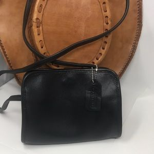 Coach USA vintage J8Y-9048 Crossbody disco bag